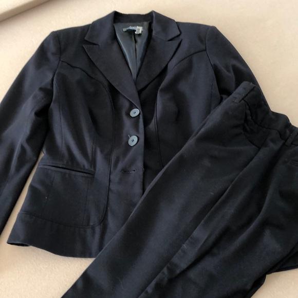 Apt. 9 Other - Black Capri pantsuit